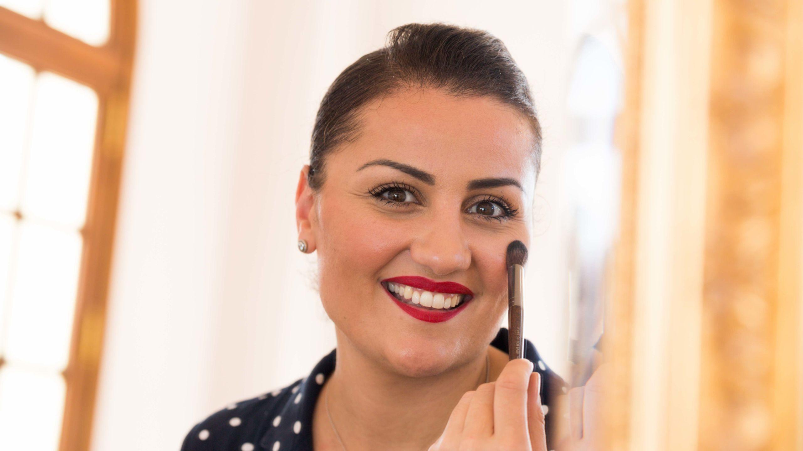 photo de la make-up artist Naziha B-wedding planner Reims-Perfect Moment by A